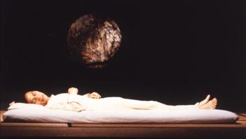 眠る男 スチル写真